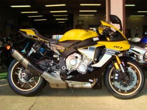 YZF-R1 001
